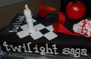 HLM twi cake